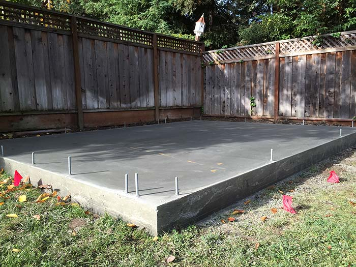 how to make shed base in backyard